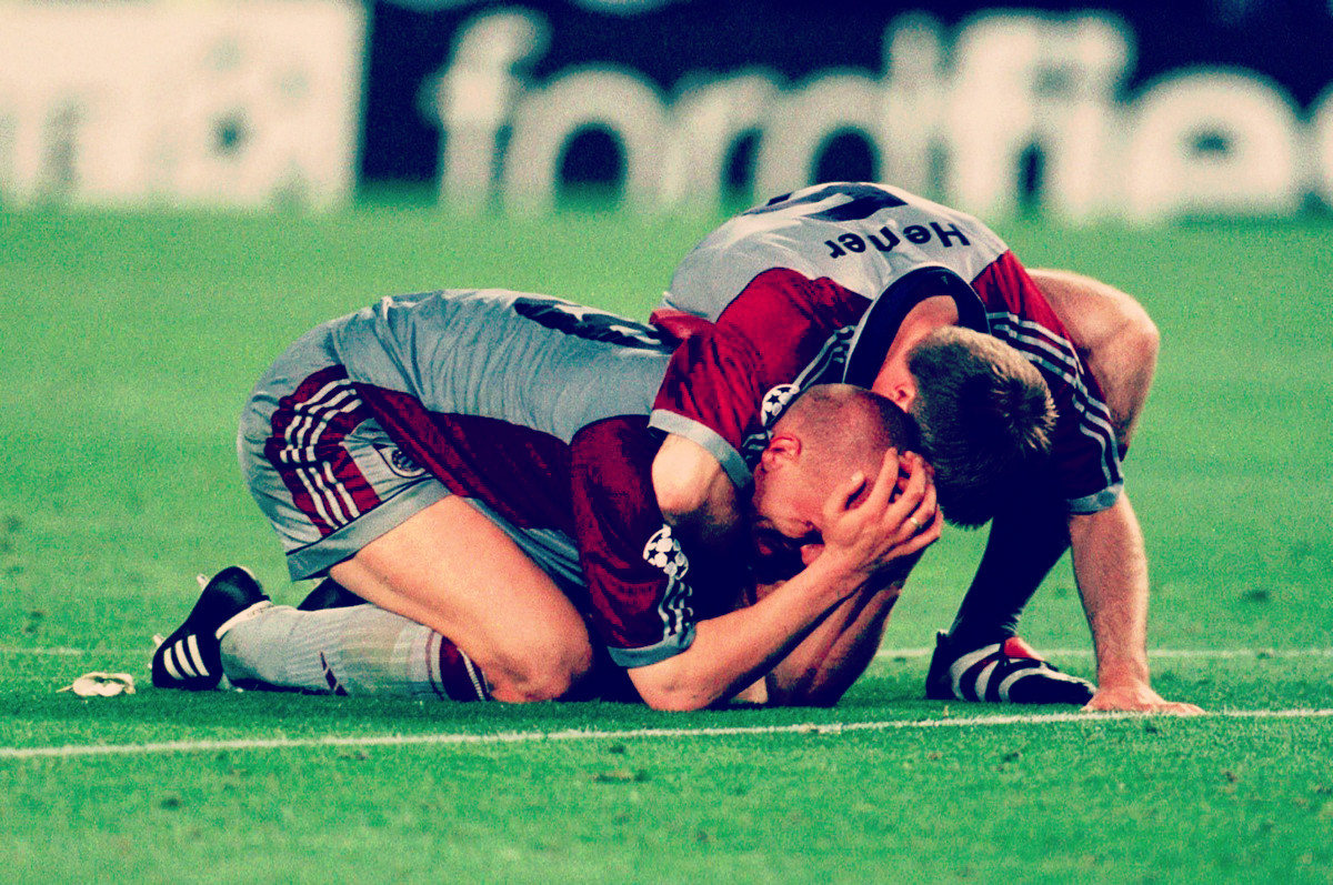 Carsten Jancker and Thomas Helmer Crying
