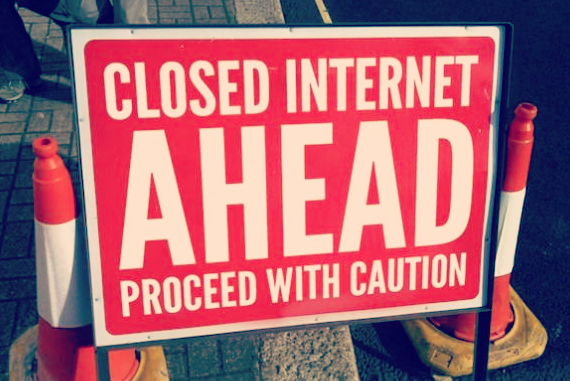 Internet Closed Sign