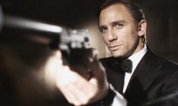 Daniel Craig officially confirms he's still James Bond