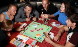 5 Old-School Board Games that are still fun today